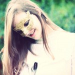 Gold Venetian Baroque & Pearl Masquerade Mask