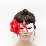 Romantic Heart Mask in white & red