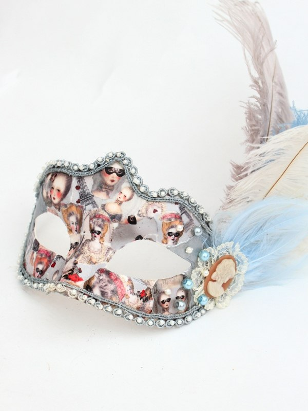 Marie Antoinette image Feather Venetian Mask