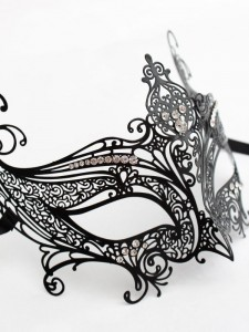 Budget Luxury Catwomen Metal Filigree Mask