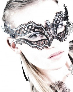Laser_Cut_katherine_metal_filigree_swarovski_masquerade_mask