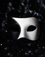 Men's Black & White Curve Venetian Mask
