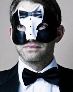 Men's James Bond Black Tuxedo Suit Leather Masquerade Mask