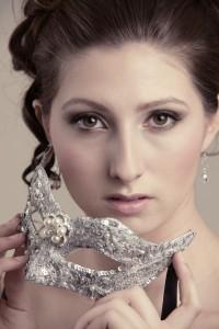 Silver & Pearl Bridal Masquerade Mask