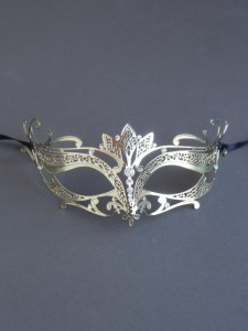 Gold Metal Filigree Punto Masquerade Mask