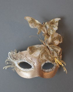 deluxe_gold_butterfly_mask