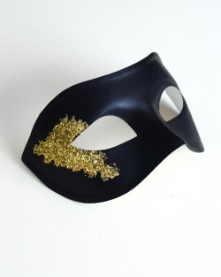 Mens Black & Gold Vanity Mask b