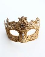 unique-regina-baroque-gold-jewelled-ball-mask