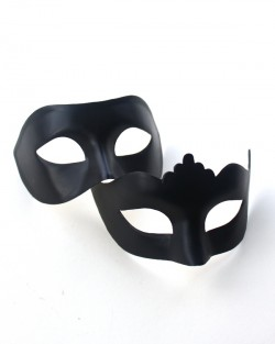 Couple's Matching Plain Black Venetian Masks