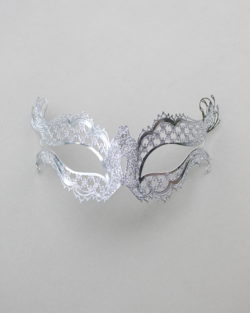 katherine-silver-glitter-metal-filigree-masquerade-mask-2